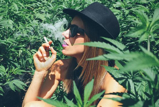 smoking-weed-buy-weed-online-green-ganja-house